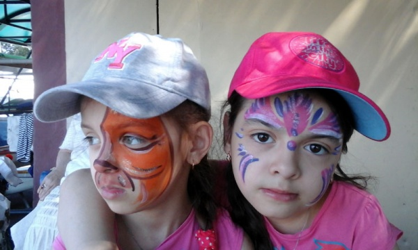 Косинские девченки после празднования Дня Нептуна.
