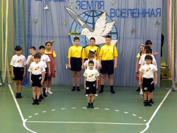 Спортивный праздник 2011 в школе №1022-9