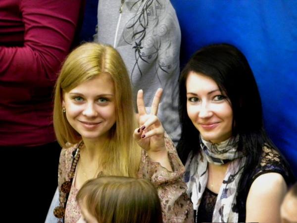 Люди стали реже улыбаться))) Спортивный праздник 2011  в школе №1022.