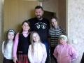 Руководитель мозаичного центра Романов Дмитрий Анатольевич со своими учениками