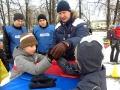 Эмиль против ещё одного мальчика. Новогодний праздник в Косино 2011