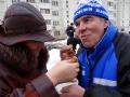Анатолий Васильевич поедает блины